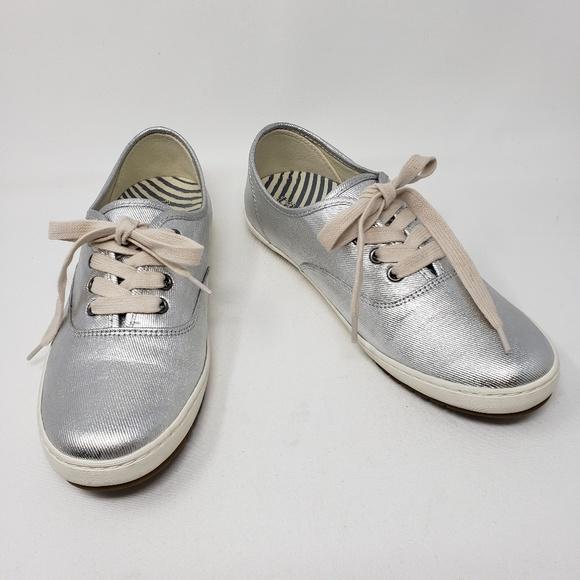 Taos Footwear Shoes   Taos Guest Star